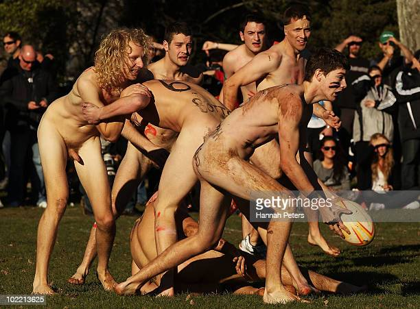Naked in new zealand